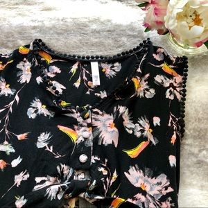 Adorable summer romper with pockets!